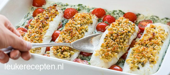 kabeljauw met pijnboompittenkorstje & spinazie