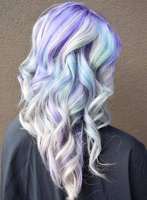#Farbbberatung #Stilberatung #Farbenreich mit www.farben-reich.com Pastel and Neon Hair Colors in Balayage and Ombre: Lilac Hair