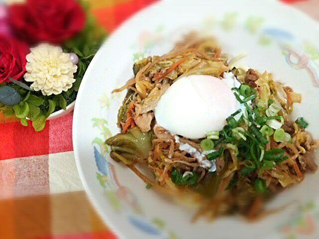毎週木曜日は「ベジたべる」(^-^)v - 29件のもぐもぐ - 春キャベツの回鍋肉みそラーメン by Yoshitsugu  Tsuchiya