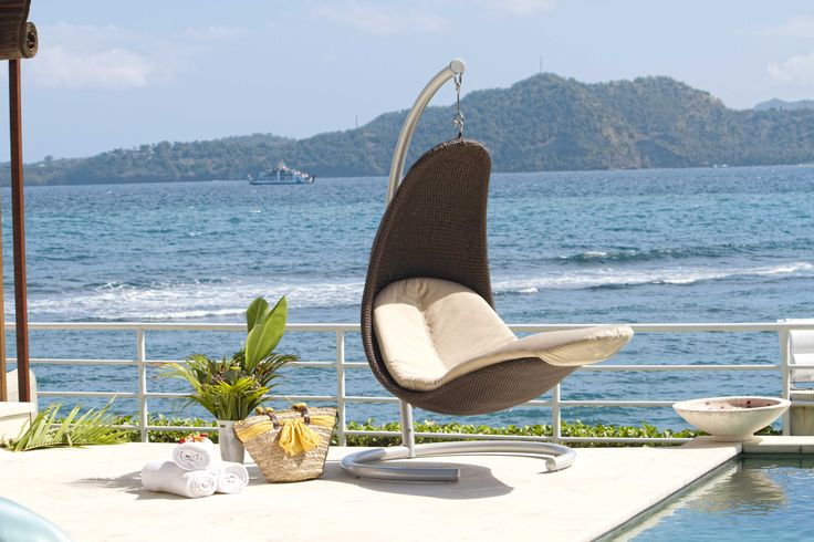 #Stylish #outdoor #Swing from Fiore Rosso Skyline Collection.  http://www.fiore-rosso.com/  #OutdoorLiving #OutdoorFurniture #UAE #ABUDHABI #CreativeLiving #Doha #Saudi #Oman #furniture #FioreRosso