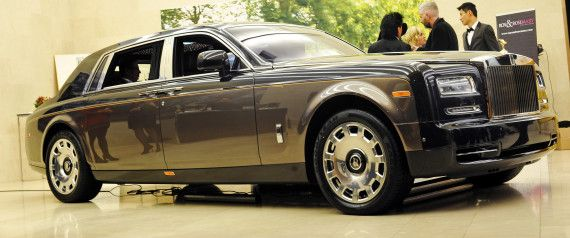 Phantom Pinnacle Travel Edition for sale in Vancouver is one of only 15 in the world.  Canada's Most Expensive Rolls-Royce Lands In Vancouver