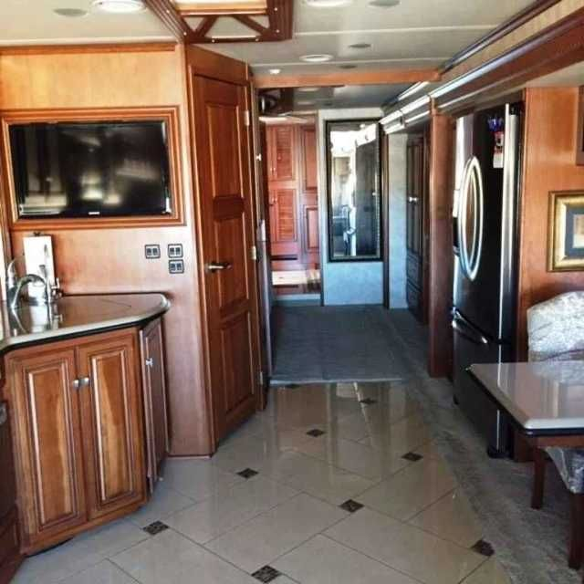 2012 Used Itasca Ellipse 42JD Class A in North Carolina NC.Recreational Vehicle, rv, Private Seller: Looking for an excellent used Coach? You just found it!! Maxum Freightliner chassis w/ tag axle; JD floorplan; One owner; Non-smokers; Bath and half; King bed; Refrigerator w/french doors, freezer drawer, water and ice dispenser; Satellite dish; Blu-ray home theater sound system CD/DVD player; Central vacuum system;Patio entertainment center; and more. Located in Charlotte, NC area. Contact…