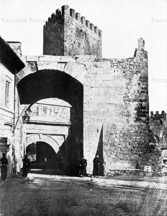 Porta Tiburtina o Porta San Lorenzo Anno: 1865