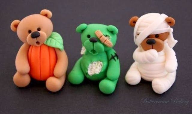 Buttercream Bakery Halloween Teddy Bear Cup Cake Toppers - The Extraordinary Art of Cake