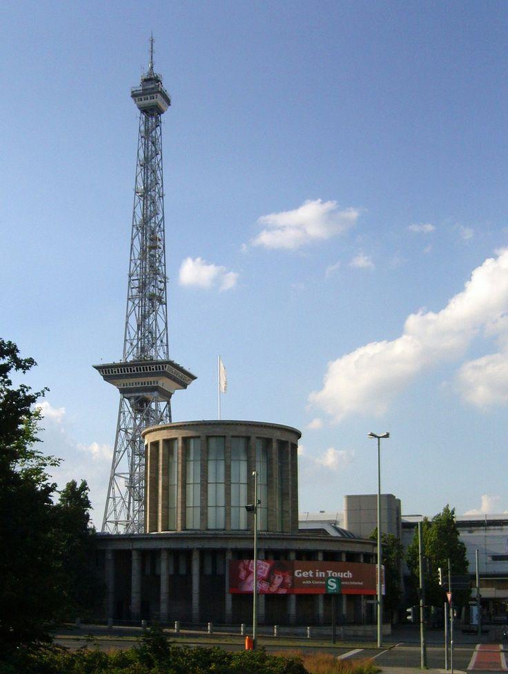 Aus einer anderen Zeit ... Funkturm Berlin   von bayernernst