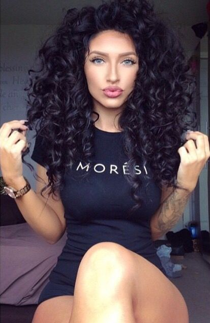 Long Curly Hair...I wish mine was this length!! Someday ♡