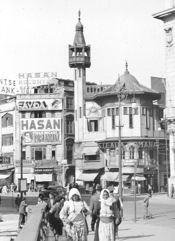 Karaköy Meydanı (Kara Mustafa Paşa Cami-1950'ler)