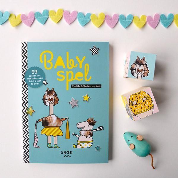#minipanda #babyspel Gefeliciteerd, je hebt een baby!Een prachtig sprankelend kindje dat wil voelen, proeven, kijken en honger heeft naarmenselijke interactie. Een speels breintje
