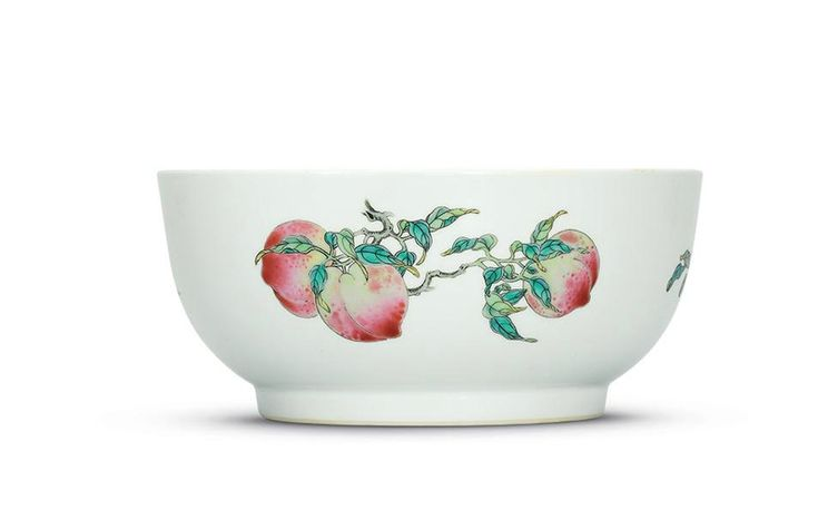 A finefamille rose'sanduo' bowl, Qianlong six-character seal mark in underglaze blue and of the period (1736-1795)