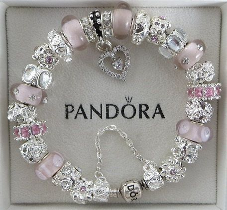 Reminds me of my very own creation Pandora. Something like this would look nice on her pretty wrists!
