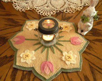 VINTAGE BUNNIES Embroidery Kit Applique Wool Felt Candle Mat Kit Penny Rug Kit