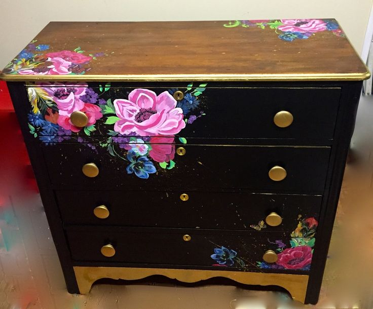 Set of drawers with hand-painted design work. Black & gold.