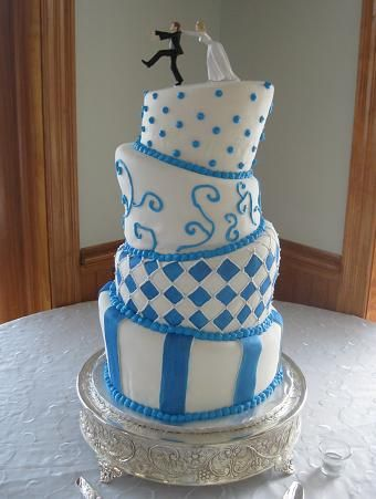 Whimsical Wedding Cakes Pictures and Design Ideas (Topsy Turvy Cakes)