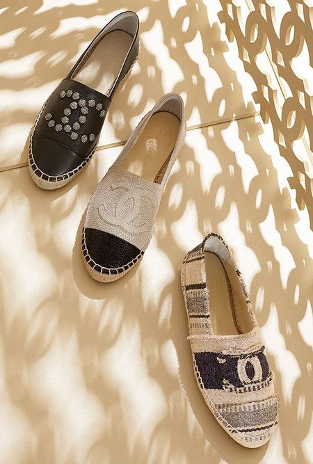 Two-tone crackled and patent calfskin espadrills ... - CHANEL 2015  accessories inspiration