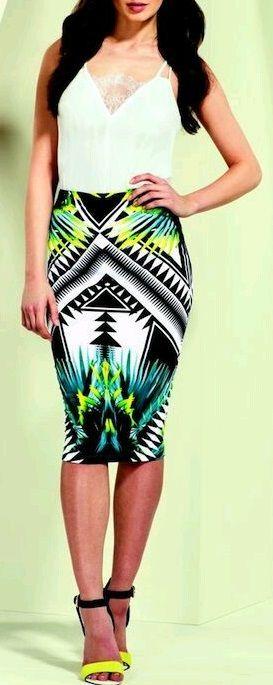 jupe crayon ethnique motifs fluo et turquoise juste splendide jadore cette tenue - Jupe Colore