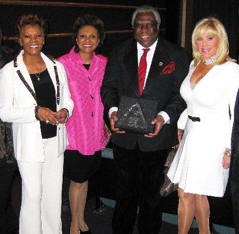 Dionne Warwick, Leslie Uggams, Woodie King, Jr. and Kathy Gurfein