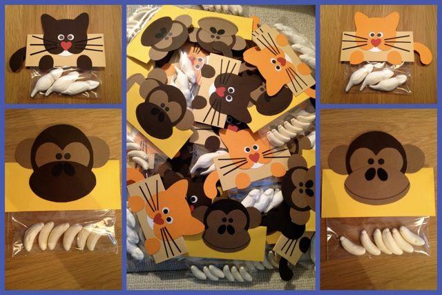Traktatiezakje poes en aap gemaakt door een klant.