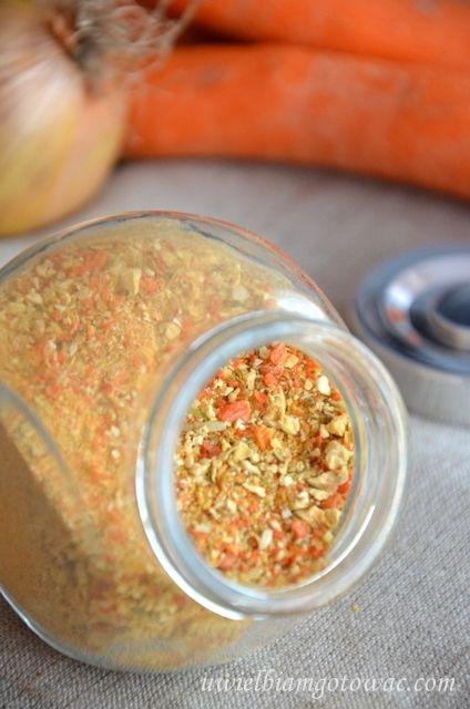 Domowa wegeta - jarzynka, przyprawa do zup