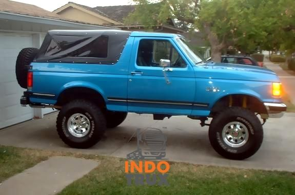 Indotrux Is One Of India S Leading Online Portal Which Is Used In The Buying And Selling Of Used Commercial Vehicles Ford Bronco Ford Trucks Bronco