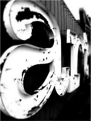 art: Art Black White, Art Typography, Vintage Signage, Big Letters, Vintage Signs, Vintage Metals, Vintage Art, Art Sake, Metals Letters