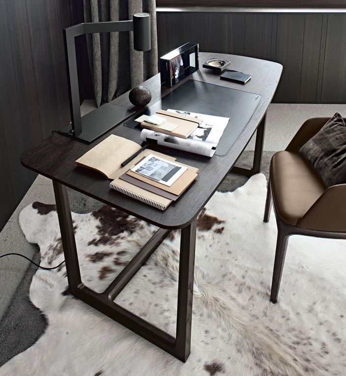 Poliform|Varenna_winter home_Concorde desk in spessart oak and Grace armchair.