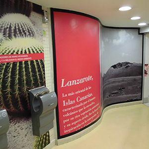 ASEO MASCULINO EN CC LA VAGUADA  #diseño #impresiongranformato #diseñodeinteriores