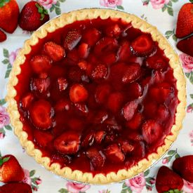 Homemade Strawberry Pie that comes together quickly and easily!