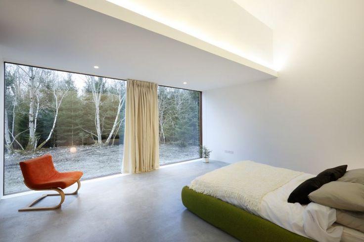 ODOS Architects nos han enviado fotos de una restauración y ampliación que han diseñado para una casa de campo en la ciudad de Ballymahon (Irlanda). Destacamos la simpleza de las formas, la decorac…