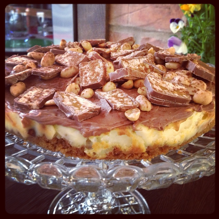 Snickers/cheesecake (inspiration Roy Fares)