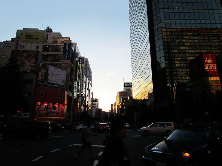http://dunnowhatiwannado.tumblr.com/  Akihabara, Tokyo 2011