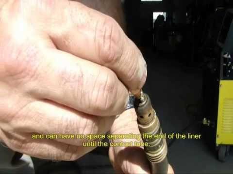 Vídeo Aula de como preparar uma máquina para solda MIG em aço inox.