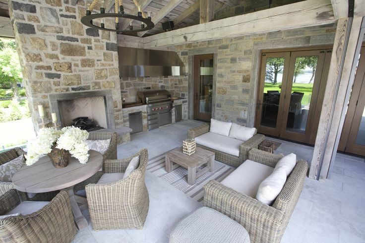 #outdoordining #outdoorkitchen #patio #outdoorfireplace #outdoordecor #outdoorfurniture