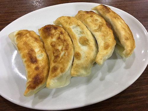 駅前の実力店「華林」でもモッチリ皮の焼餃子と水餃子【大井町】
