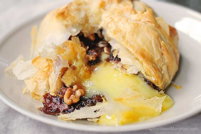 Phyllo Baked Brie with Figs and Walnuts | Recipe | Baked Brie, Brie ...