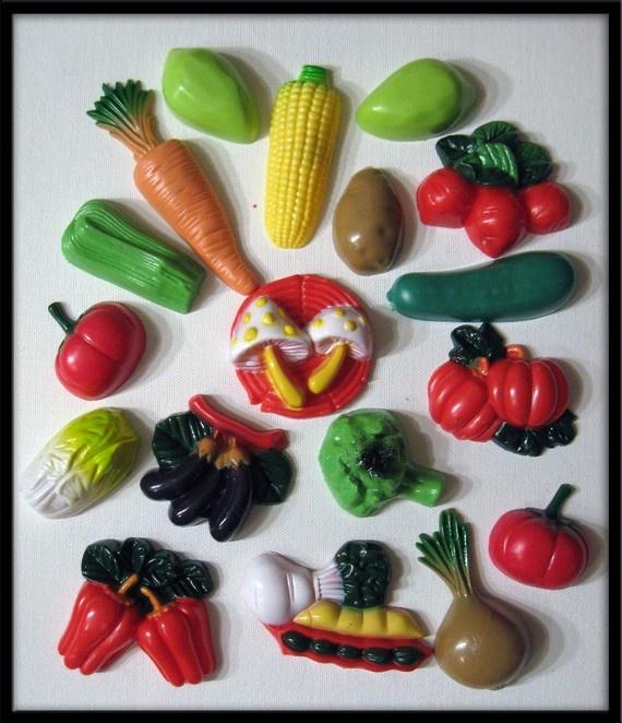 veggie magnets!