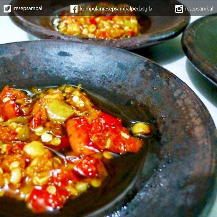 Untuk yang suka sambal bisa follow akun: . @resepsambal . sambal nya nikmat nikmat loh Tag juga temen/keluarga kamu yang doyan ama yang pedes pedes :D http://ift.tt/1V3dRCs