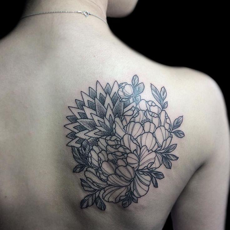 Первая работа после отпуска  первая татуировка у девушки  люблю такой подход к делу #mandalatattoo #tattooist #tattoolife #tattooedgirls #tatt #tatts #tatted #tattoo #tattoos #tattooed #tattooli #tattooart #tattooartist #tattooedgirl #tattoogirl #tattoomoscow #likuprina #ink #inked #mandala #blacktattoo #blacktattooart #dotworktattoo #tattoosofinstagram #peony #peonytattoo #митино #тату #татувмоскве #татуировка by tattoo_li