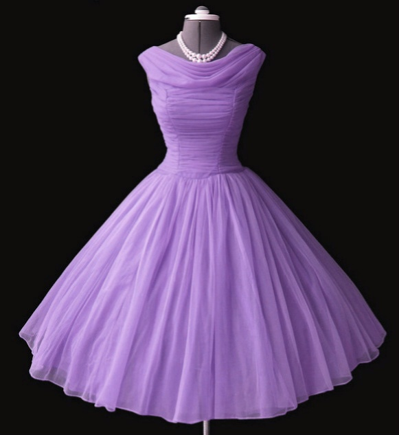 Vintage lilac chiffon 50s dress - purple is definitely NOT a color I love, but imagine this in emerald green, sapphire blue or ivory....sigh