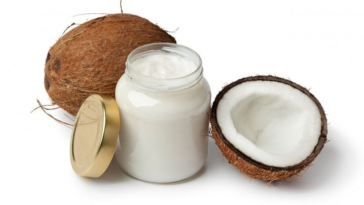 Auf der Suche nach einer neuen Allzweckwaffe? Dann ist natives Kokosöl genau das Richtige. Denn mit diesem Produkt kann man nicht nur ganz wunderbar kochen, sondern vor allem auch Haut, Nägel und Haar wunderbar pflegen.