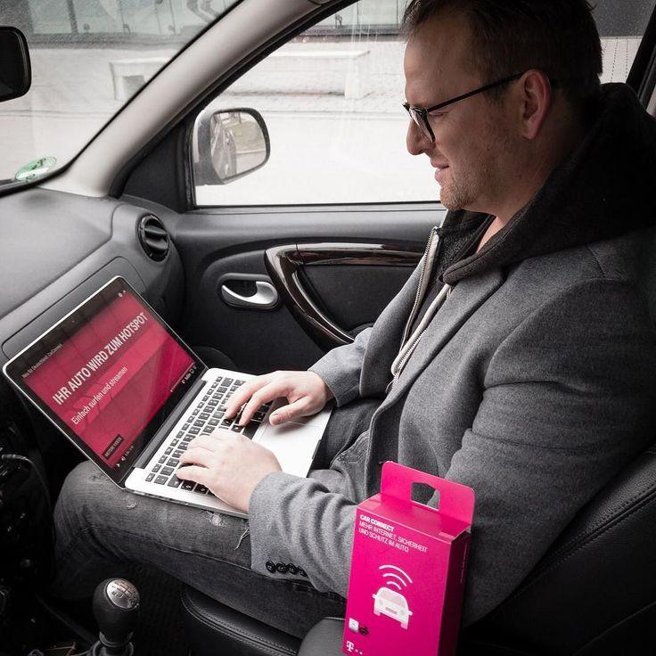 Anzeige  Beim Autofahren bin ich eher der Typ Beifahrer! Ich lasse mich gerne chauffieren und nutze die Zeit lieber um im Netz zu surfen meine Mails zu checken oder mir Videos anzuschauen. Wie gut das mein Auto durch den smarten Telekom Car Connect Adapter jetzt ein mobiler Hot Spot ist mit dem ingesamt 5 Geräte gleichzeitig online gehen können. Aber es ist noch vieles mehr möglich wie z.B GPS Tracking oder Diagnose Funktion für euer Auto. Mein Auto hat mir sogar schon einen Fehler angezeigt…