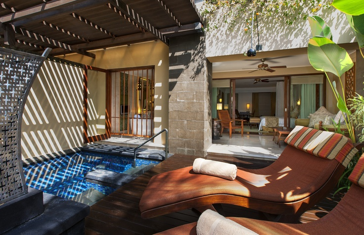 The St. Regis Bali Resort – Trip Report – 100+ Pictures of Luxury in Bali - Point Me To The Plane