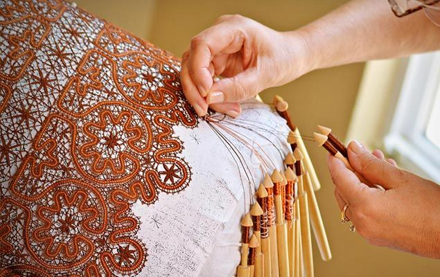 Lace is in Vogue! Vologda Lace. Artist-Lacemaker Larisa Ten.