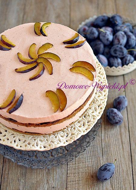 Tort makowo- śliwkowy