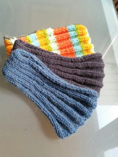 Headbands for winter using various wool and drops headband pattern
