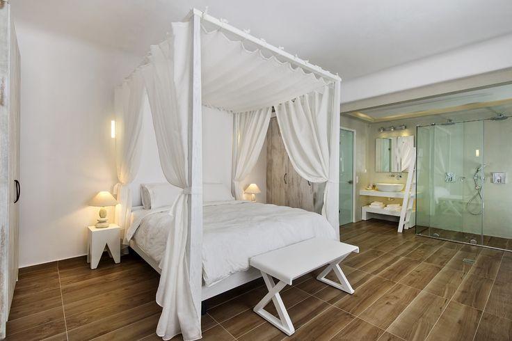 The Cavo Bianco Honeymoon Suite   www.cavobianco.com