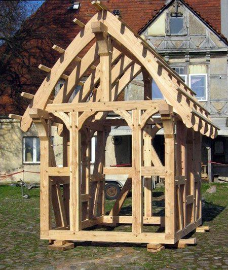 Fachwerkhütte Bausatz aufgestellt