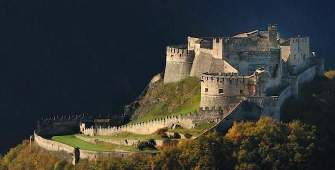 Castello del Buonconsiglio monumenti e collezioni provinciali Trentino  - Italie  Beseno Castle is about 20 km from Trento,