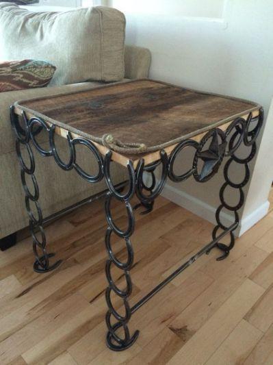 26 Rustic Horseshoe Home Decor Horseshoe Crafts Projects