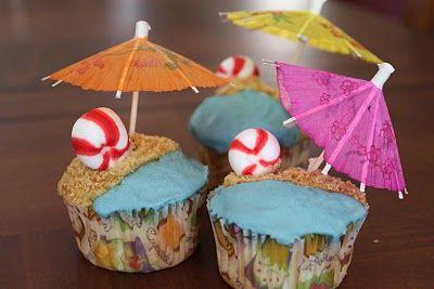 beach cupcakes   Birthdays   Pinterest   Bolinhos de verão, Verão e ...