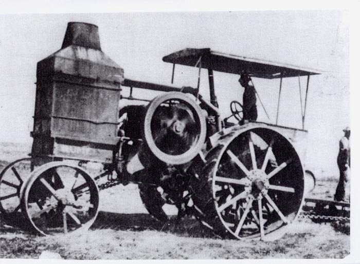 Tractor Invented by John Froelich in1892. It was the